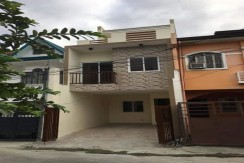 Brand New Triplex for sale - Paranaque